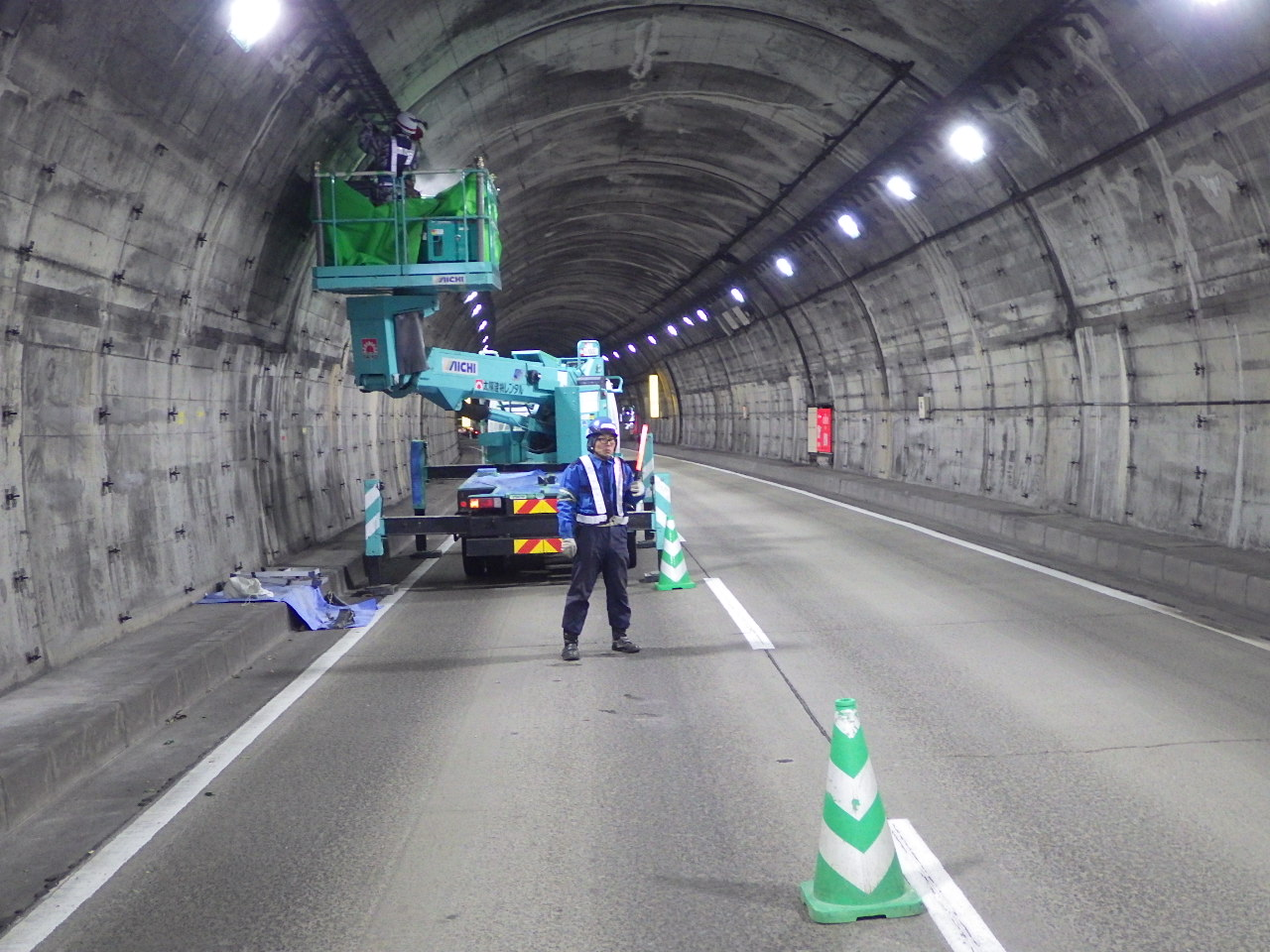 布引トンネル